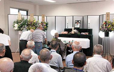 [일본탐방, 일본사회와의 세 번째 마주이야기]생의 마지막을 배웅하는 사람들, 배웅 모임(見送りの会)의 일본승려를 만나다